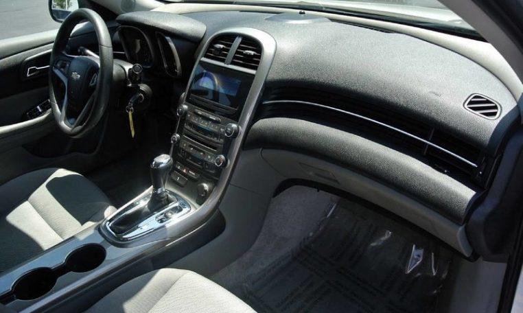 Chevrolet Malibu Ls Ls Sedan Cp X on 06 Bmw 325xi Fuse Box Diagram