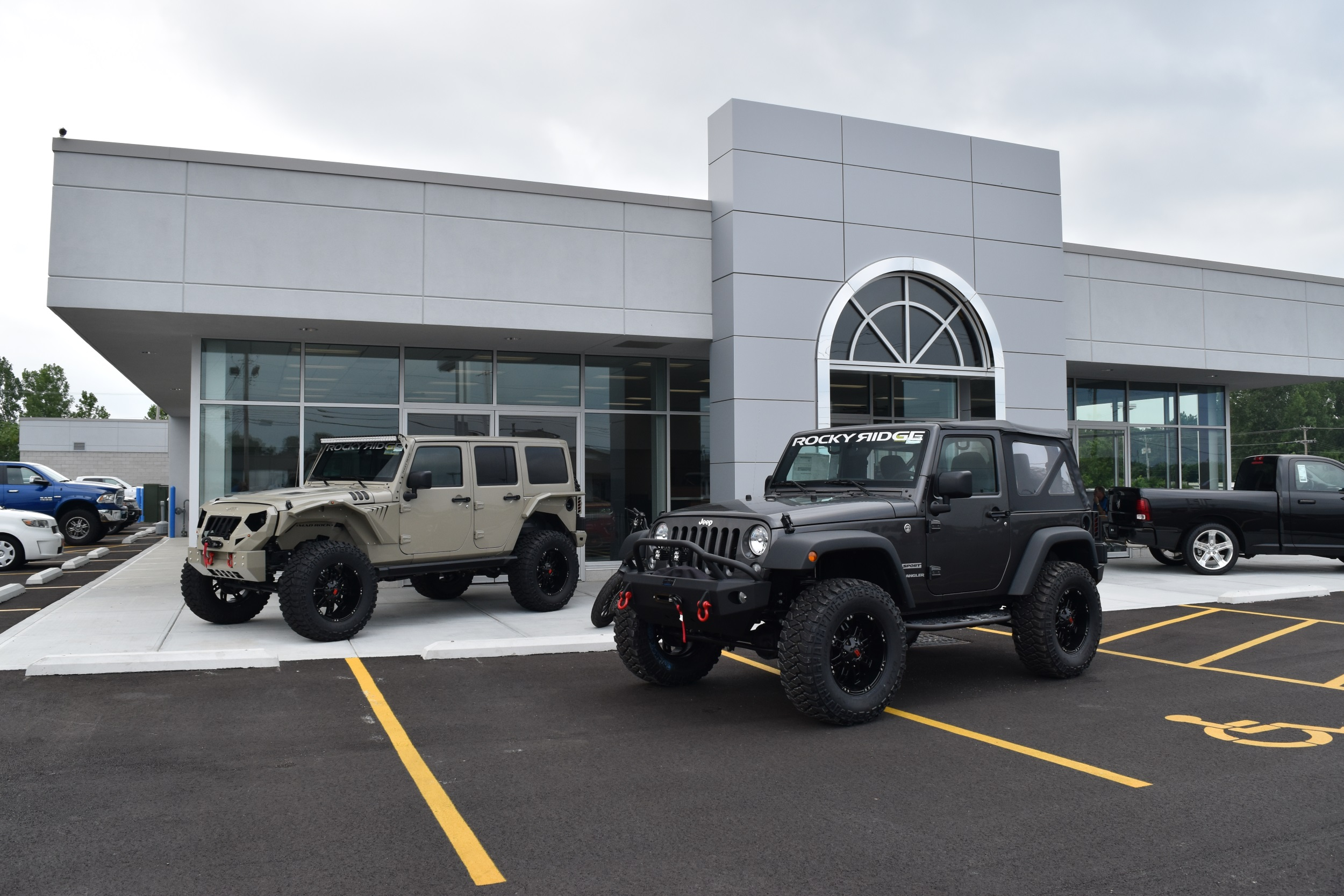 lifted-jeeps-1