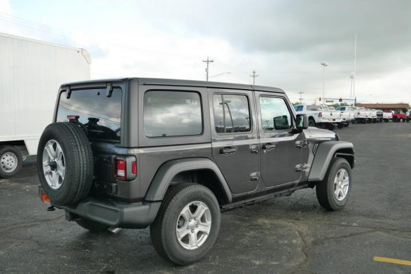 2020-jeep-wrangler-unlimited-sport-s-for-sale-ohio-29414T (11)