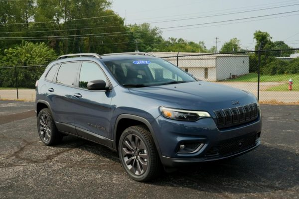 2021-jeep-cherokee-80th-anniversary-v6-4x4-for-sale-dayton-ohio-29917T (12)