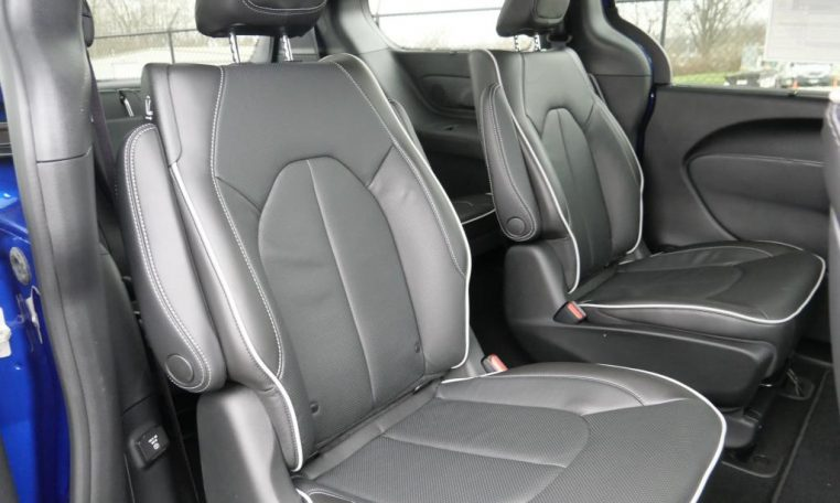 2021 Chrysler Pacifica Hybrid Limited S   30091T   Paul ...