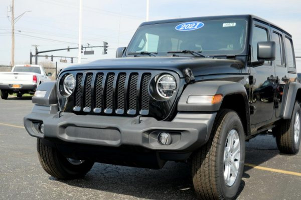 new-2021-jeep-wrangler-unlimited-sport-s-ecodiesel-for-sale-ohio-29970T (14)