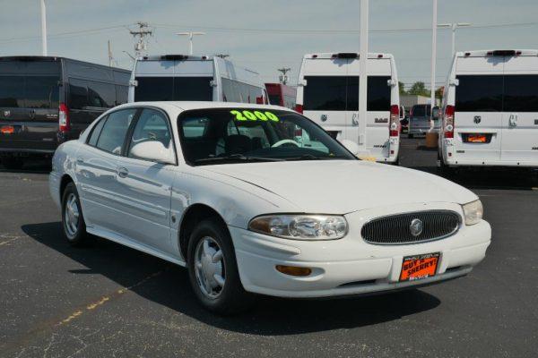 bright-white-2000-buick-lesabre-custom-sedan-for-sale-piqua-ohio-CP16446A (11)